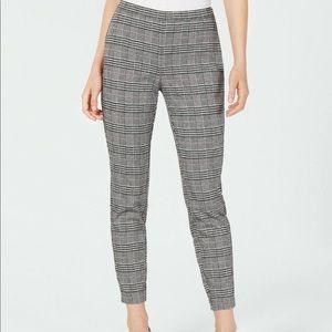 Maison Jules / Varsity Plaid Ankle Pants